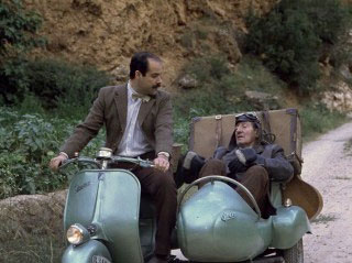 Una moto con sidecar
